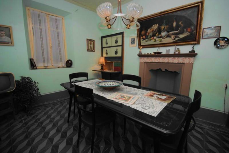Le stanze di casa coppi a castellania for Casa di sei stanze